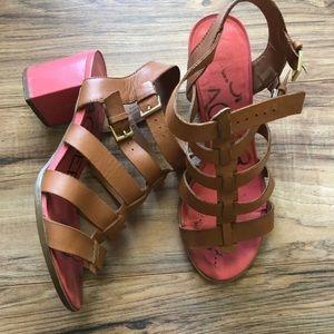 Kelsi dagger Strappy leather sandals heels Sz 9.5